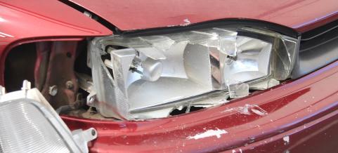 broken auto lamps